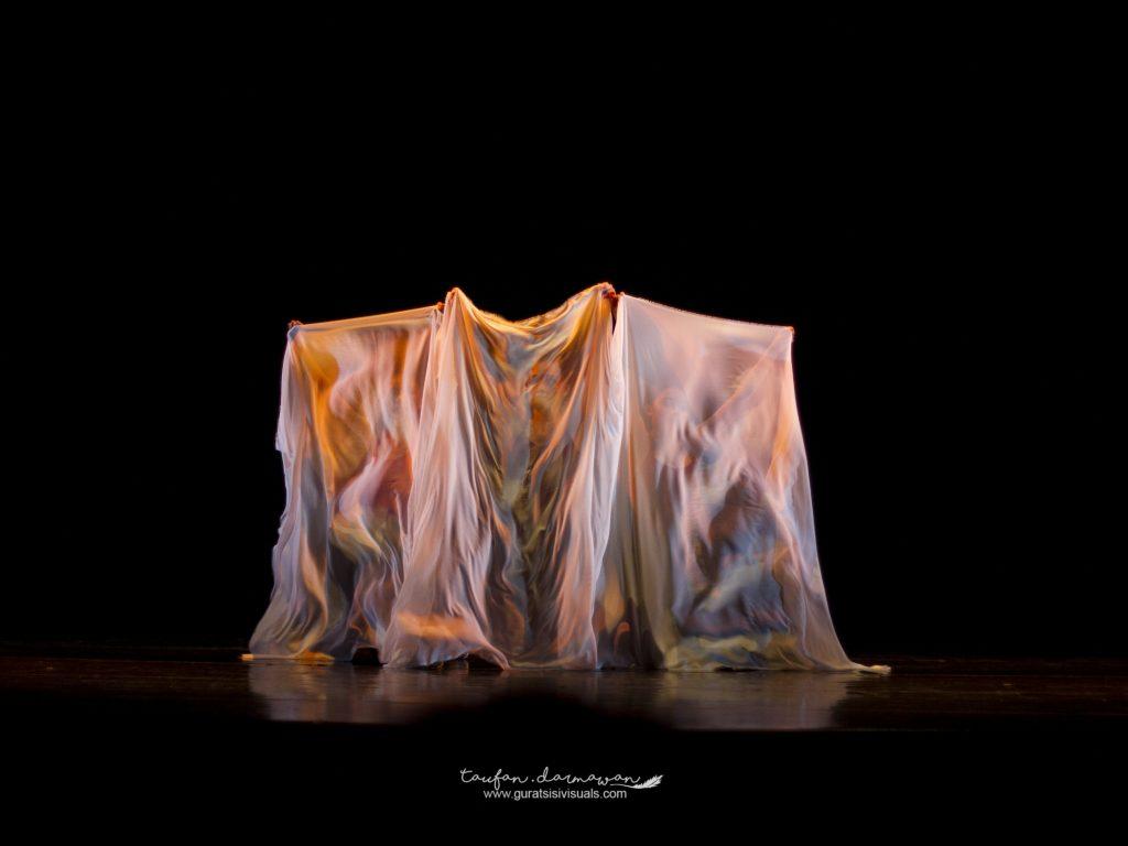 The Ripple Dance Wave
